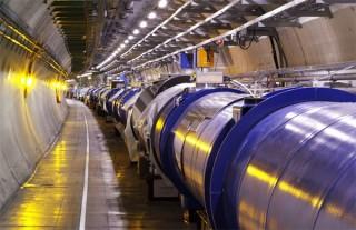 Máy gia tốc hạt lớn